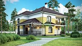 Двухэтажный загородный дом с балконом
